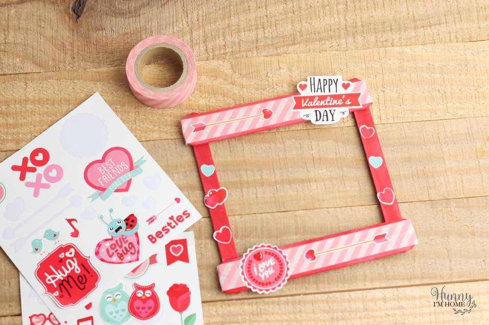 Picture Frame Valentine's Day Craft for Toddlers